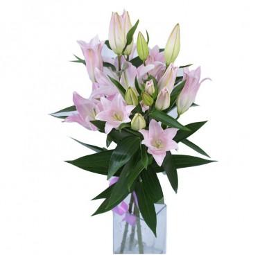 Букет розовые лилии
