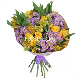 Букет из хризантем и мелких роз